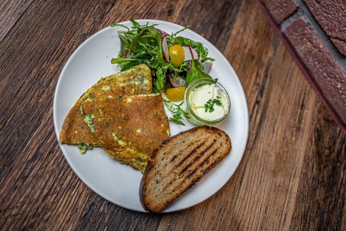 Omeleta - Spojka Karlín