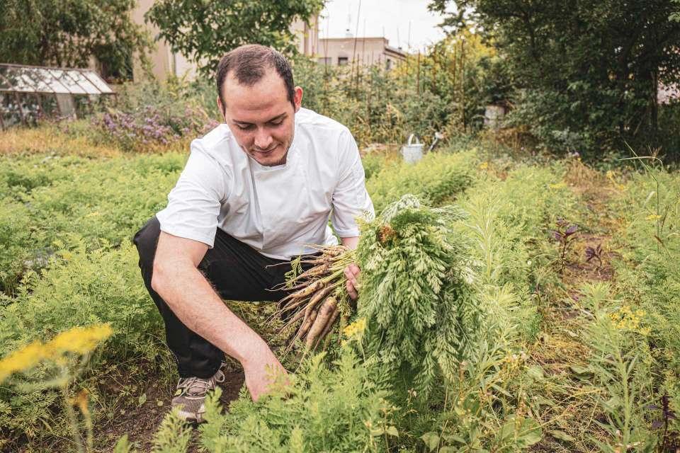 Kuchař zahradnikem - Spojka Karlín