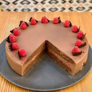 čokoládový veganský dort spojka karlín