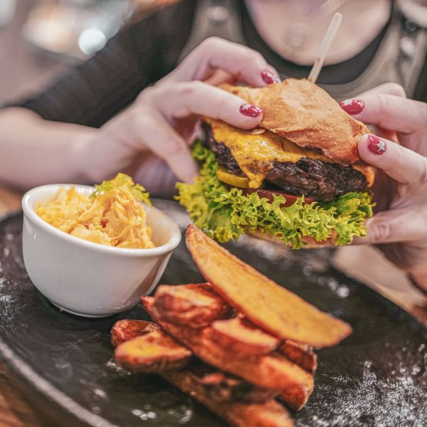 burger z divočáka